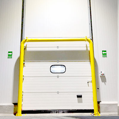 puerta-seccional-en-camara-400x400