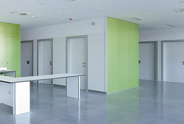 Hospitalary and clinic doors