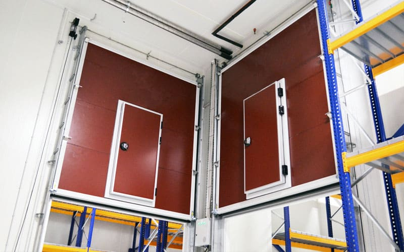 vertical lift cold storage door
